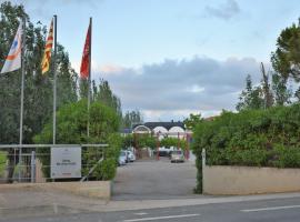 Alberg Deltebre Xanascat, hostel in Deltebre