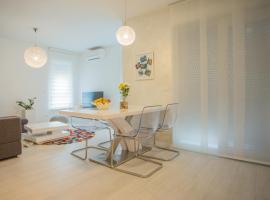 "New Modern Apartment ""Marjan I"", hotel in Podstrana"