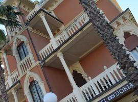 Hotel Doria, hotel near Casa Carbone, Chiavari