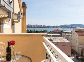 Apartment Memories 2 Split, hotel in Solin