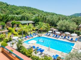 Residence e B&B Villamirella, hotel with pools in Palinuro