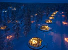 Kakslauttanen Arctic Resort - Igloos and Chalets, hotel in Saariselka