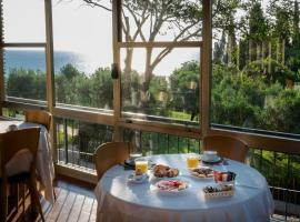 Hotel Mon Repos, hotel near Terme Sirmione - Virgilio, Sirmione
