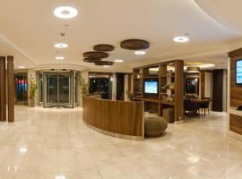 Riva Hotel Taksim, hotel near Dolmabahce Clock Tower, Istanbul