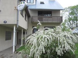 Pärna Guesthouse & Apartments, B&B Kuressaares