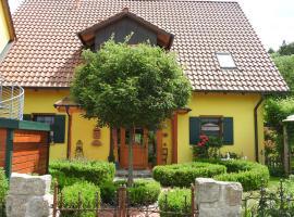 Sweet Home Suite, Hotel in Hallerndorf