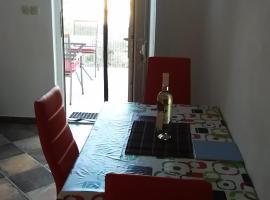 Beach apartment, apartmán v destinaci Pašman