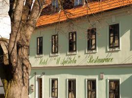 Hotel U Apoštola, hotel v Jevíčku