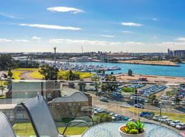Astra Apartments Newcastle, apartment in Newcastle