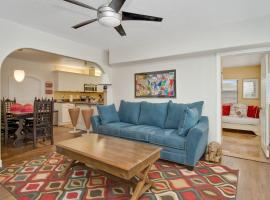 Tropical Cocoa Villas Across from the Beach, vacation rental in Cocoa Beach