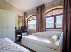 Il Fortino Hotel, hotel a Celano