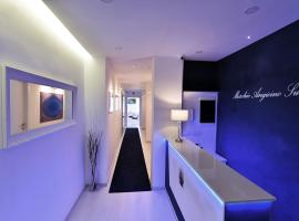 Maschio Angioino Suite - Bed and Breakfast Napoli, B&B in Naples