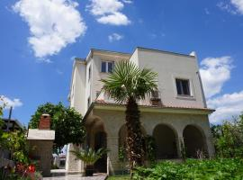Stella Mare Apartments, hotel near Tourist Board Podstrana, Podstrana