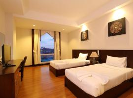 Grande Southern Hotel, hotel in Thung Song