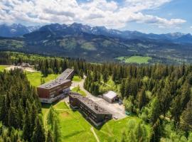 Zespół Tatry - Hotel Tatry i Budynek Turystyczny, hotel near Ku Dolinie Ski Lift, Murzasichle