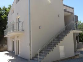 Luka Apartments, room in Biograd na Moru