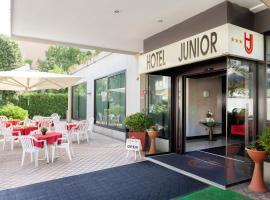Hotel Junior, отель в Римини