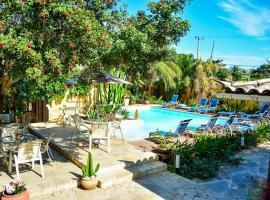 Pousada do Namorado, hotel with jacuzzis in Búzios