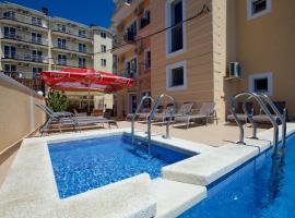 Hotel Corfu, hotel in Vityazevo