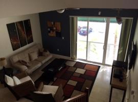 Capri, apartment in Miami Beach