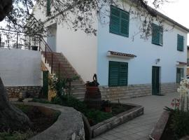 Apartment Bonaca, hotel in Lun