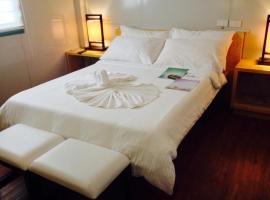 Shore Time Hotel - Annex, hotel in Boracay