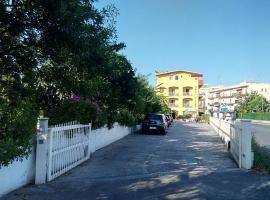 Hotel Eliseo, hotel in Giardini Naxos