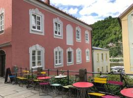 das-hornsteiner, guest house in Passau