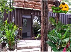 Green Sanctuary Hotel, hotel in Nosara