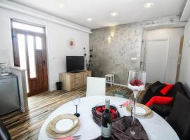 Apartments and Rooms Lorena 236, guest house in Rovinj