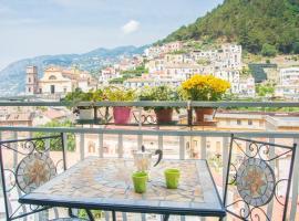 Thats Amore Holidays - Amalfi Coast, pet-friendly hotel in Maiori