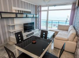 Deluxe Apartments Gallery 2, apartment in Sunny Beach