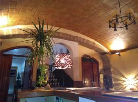Can Misse, hotel cerca de Campo de Golf Port del Compte, Collbató