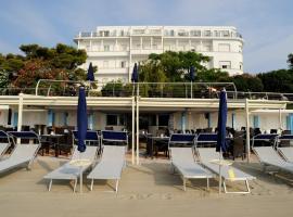 Grand Hotel Mediterranee, hotel in Alassio