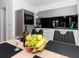 APP Joly in center old town, apartment in Biograd na Moru