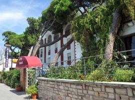 Hotel Miramare, hotel in Follonica