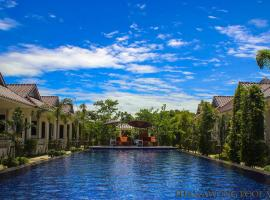 Thanawong Pool Villa, resort in Sukhothai