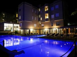 Hotel San Pietro, hotel with pools in Maiori