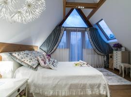 Rezydencja Tatry - Apartament Chamerion 1, apartment in Zakopane