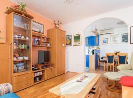 Apartment Karolina, hotel in Split