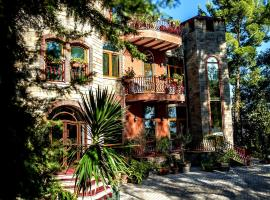 Hotel Castle Park, hotel in Berat