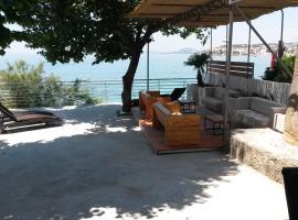 Bozikovic 365, self catering accommodation in Podstrana