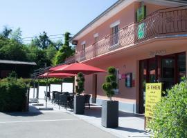Le Rhien Carrer Hôtel-Restaurant, hotel in Ronchamp