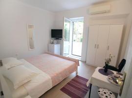 Rooms Feme, pet-friendly hotel in Trogir