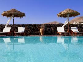 Anna Traditional Apartments, hotel a Kamari