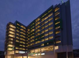 Whiz Prime Hotel Megamas Manado, hotel di Manado