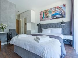 Port 21 Pura Pool & Design Hotel - Adults Only, hotel in Krynica Morska