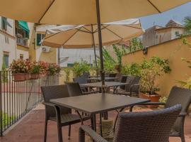 Hotel Monica, hotel in Fortezza da Basso, Florence