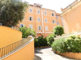 Dnb House Hotel, hotel in zona Colosseo, Roma