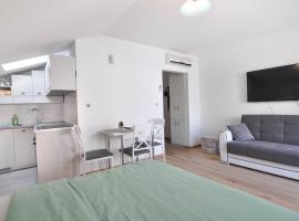 Apartment Helen, luxury hotel in Ičići